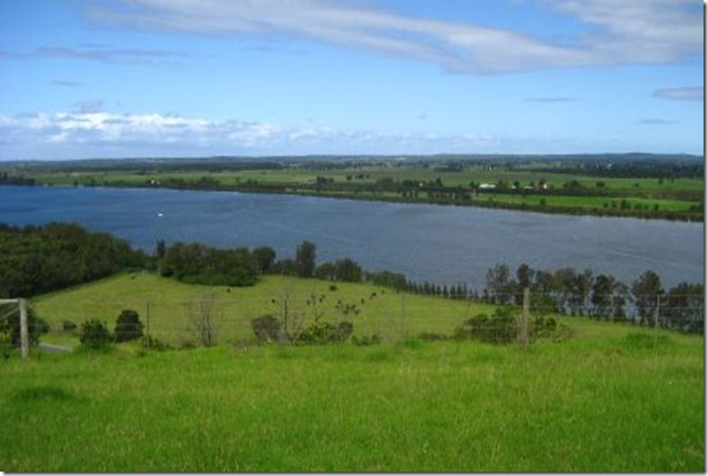 View of Shoalhaven river atop Two Figs Winery