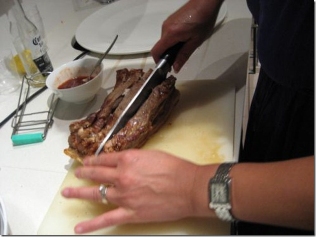 Cut meat along incision after roasting