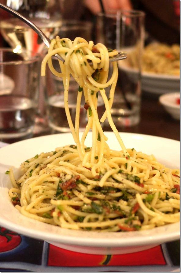 Spaghetti cabonara $20