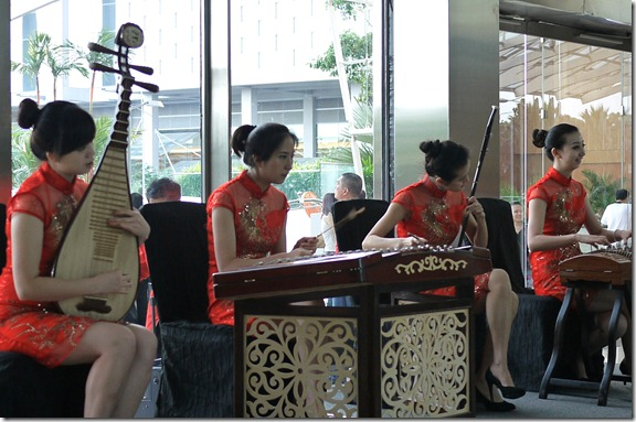 Quartet of chinese musicians at lobby, Marina Bay Sands