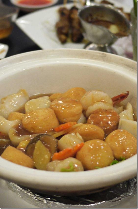Silken tofu, scallops and mushroom hotpot
