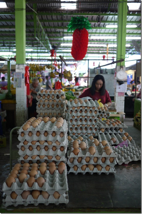 Fresh chicken eggs stall