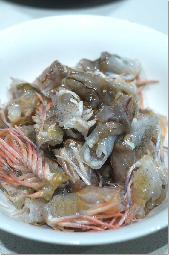 Fresh prawn heads, head shell removed