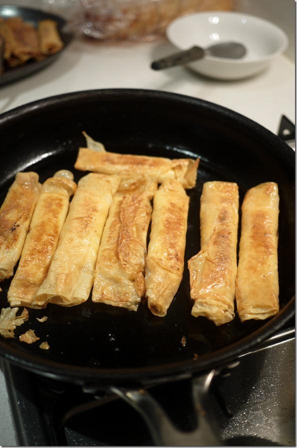 Searing beancurd rolls