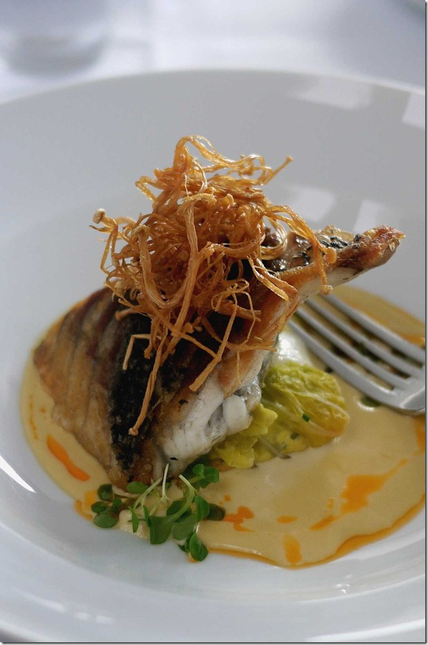 Pan fried barramundi with spanner crab parcel and sage cream $46