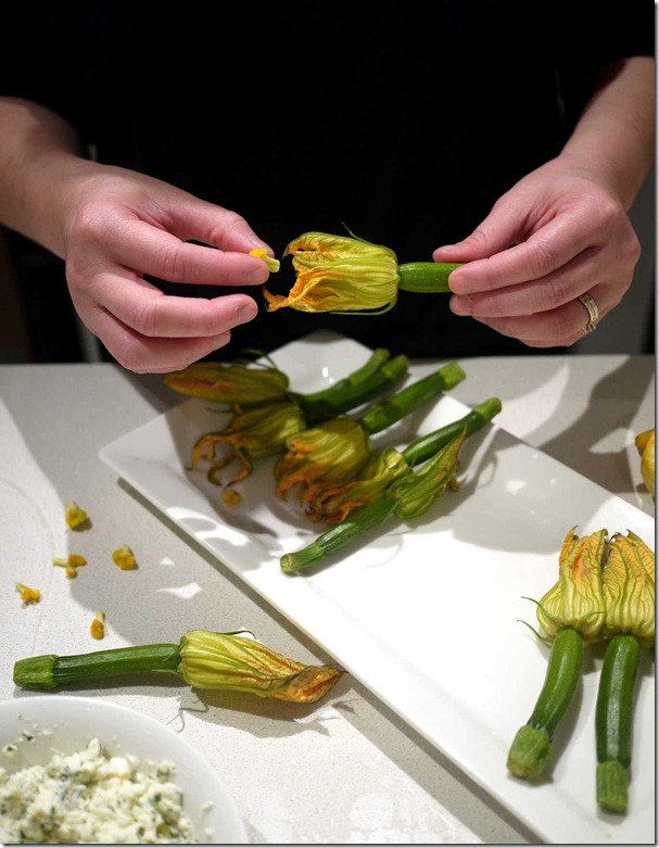 Remove from zucchini flower