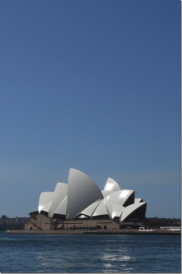 Sydney Opera House on a beautiful spring day, October 2011