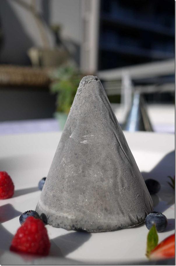 Sesame ice-cream with summer berries