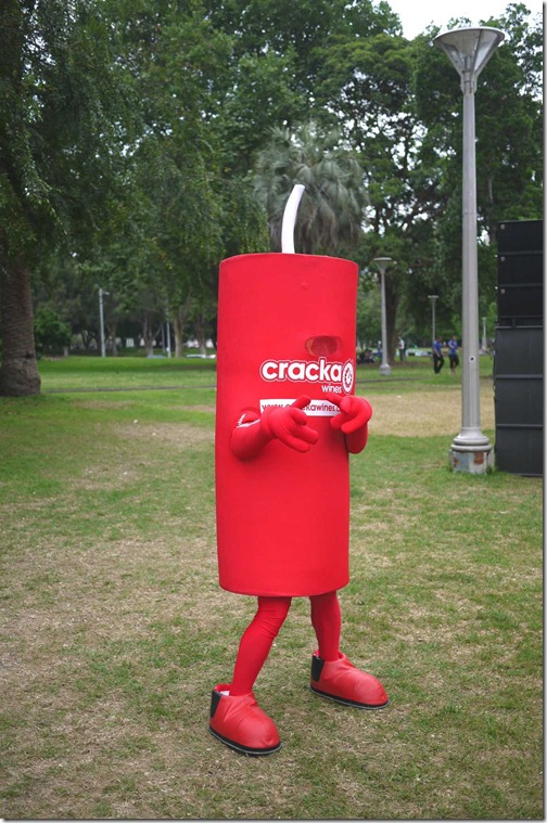 Mascot for Cracka wines