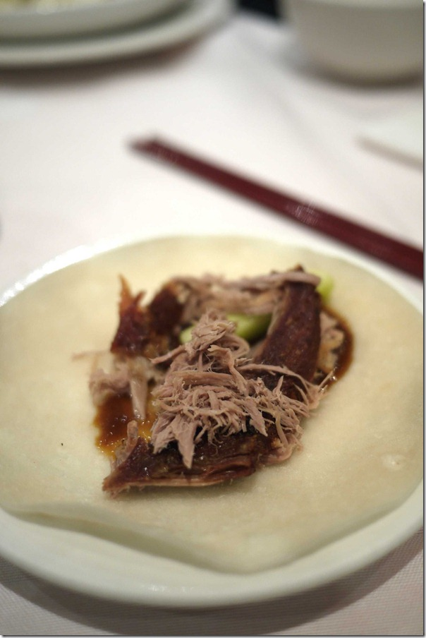 Crispy aromatic duck with pancake and hoisin sauce