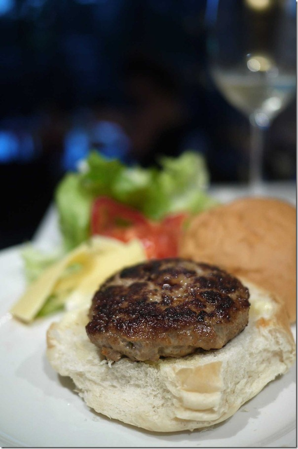 Turkey and pork burger patty