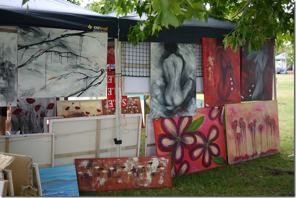 Local art and crafts, Moruya markets