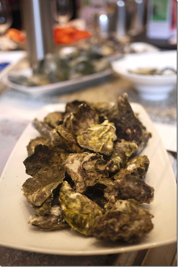 Unshucked Hasting River oysters