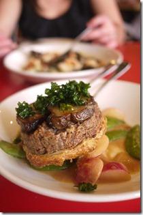 Jurusalem artichoke and pecan tart