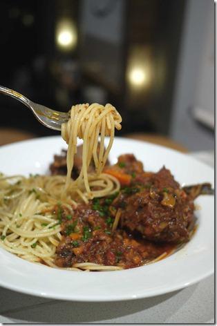 Spaghetti oxtail bolognaise