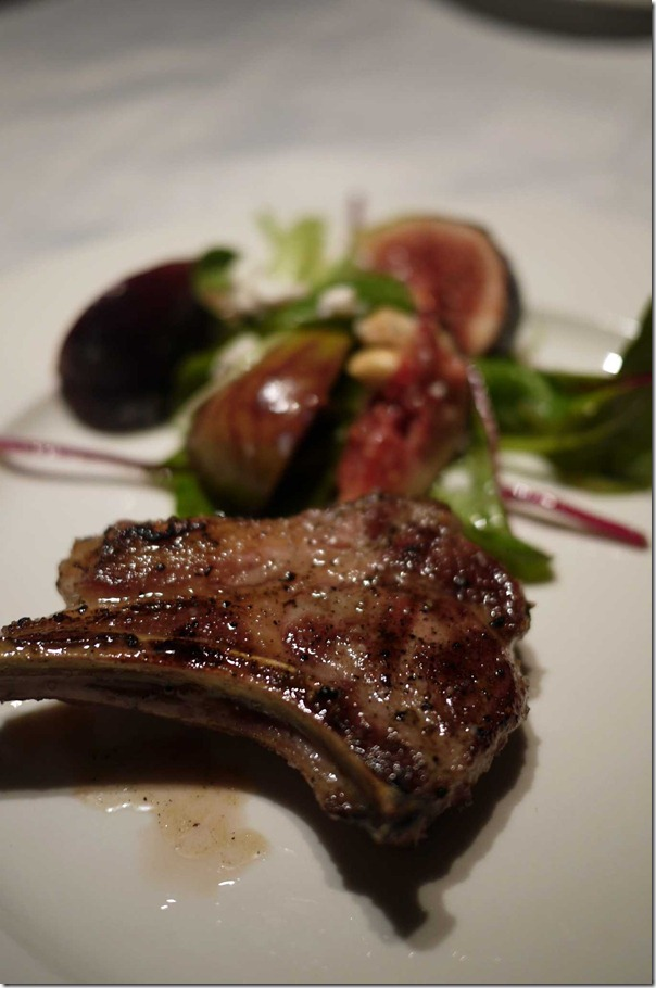 Lamb cutlet with fig and goat cheese salad