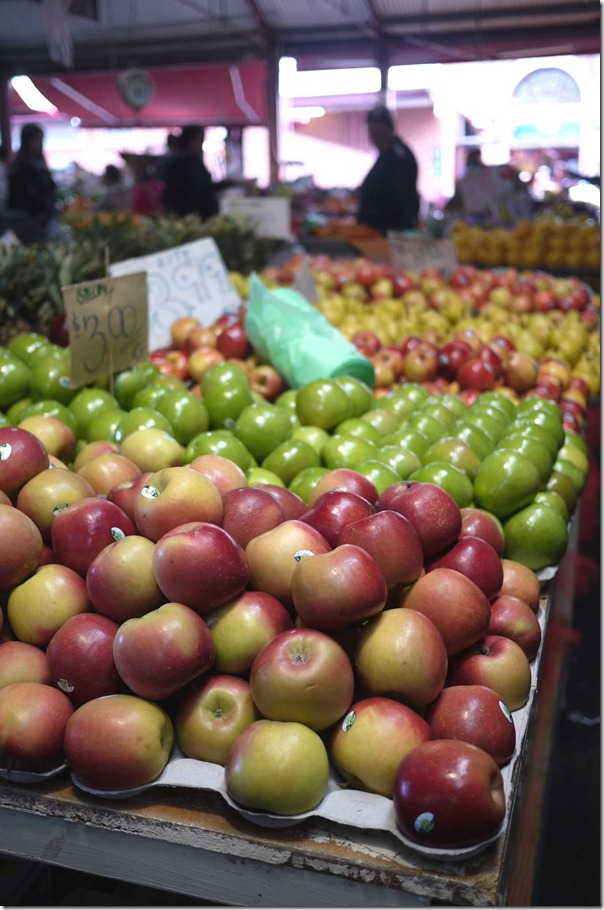 Fuji and Granny Smith apples, Queen Victoria Market