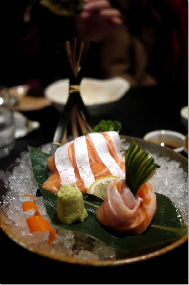 Salmon belly sashimi (7 pieces $12.80)