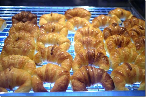 Croissants at Dulce Luna