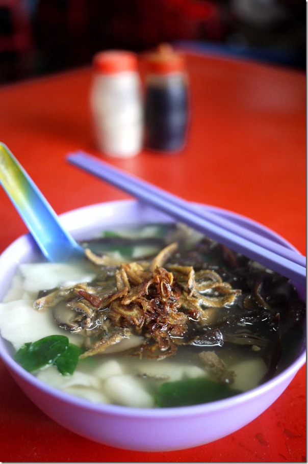 Pan meen with mushrooms and deep-fried anchovies RM5 or A$1.55
