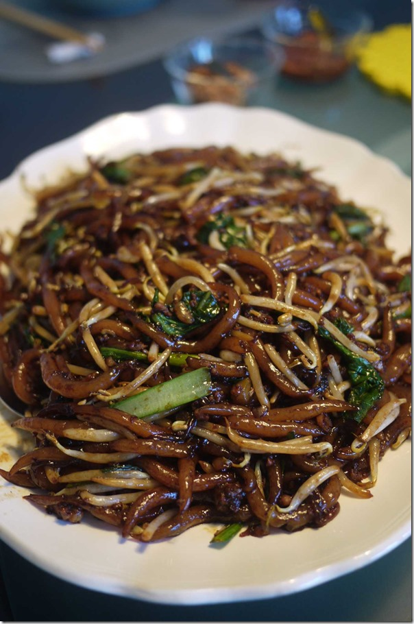 Home style fried noodles