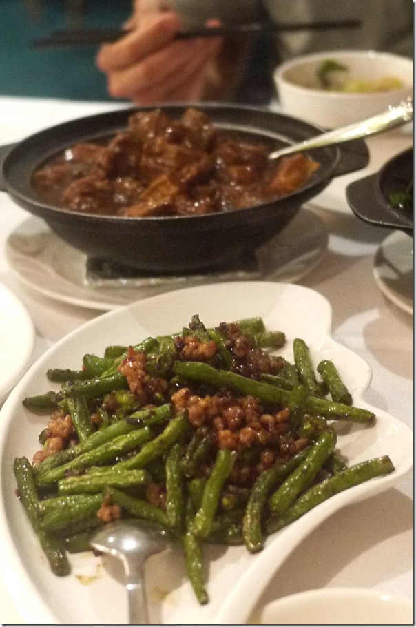 Stir-fried snake beans with mince pork