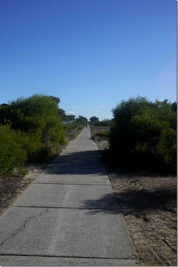 Bike ride along West Coast Highway back to City Beach