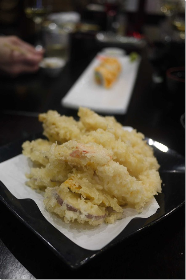 Mixed tempura combination $17