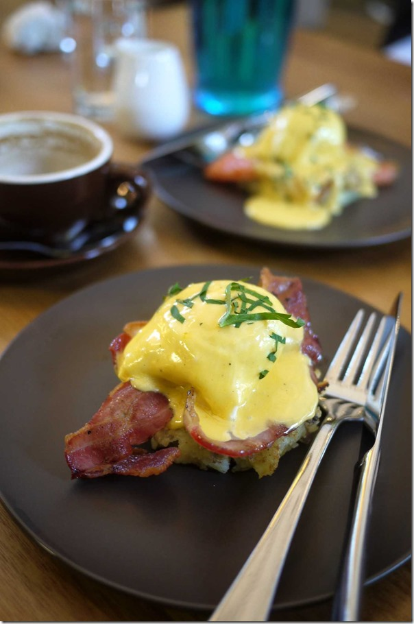 Chalkboard Benedict with bacon (Tasting portion), Regular price $17
