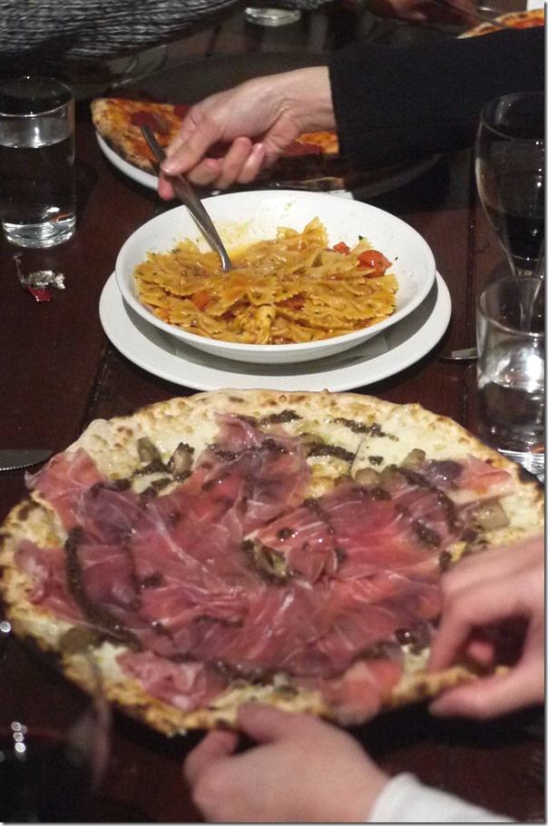 Pizza Tartufa ~ Mozzarella, prosciutto, wild mushrooms, truffle $26