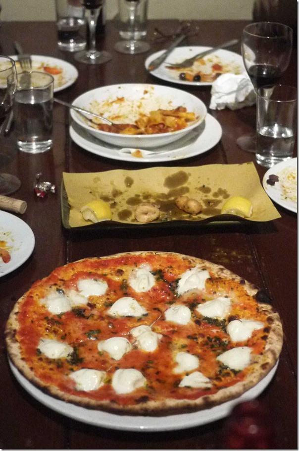 Pizza Bufala: Tomato, mozzarella di Bufala, extra virgin olive oil, basil $26