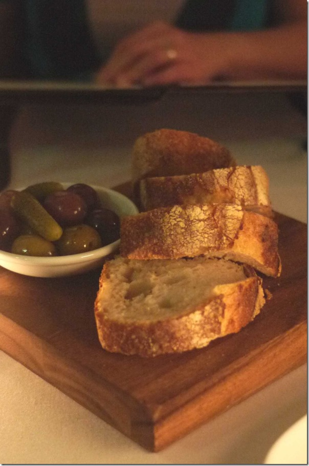 Olives & bread $7