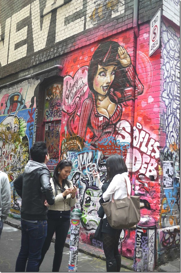 Tourists at Hosier Lane (off Flinders street), Melbourne