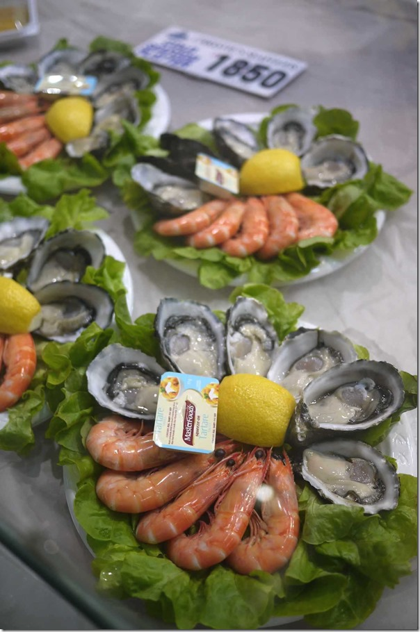 Oyster and prawn platter $18.50 per tray