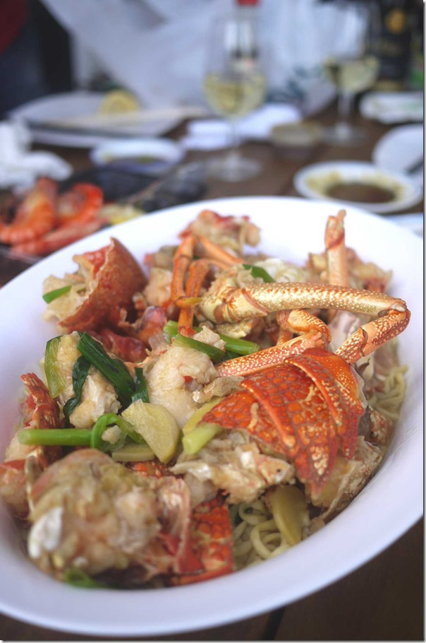 Stir-fried lobster with ginger, shallots and noodles $104.50/kg