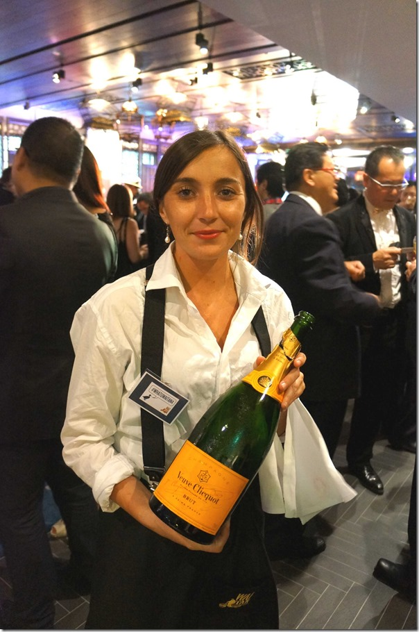 Free-flowing Veuve Clicquot Brut for the evening