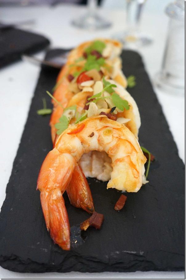 Yamba king prawns (4) $22