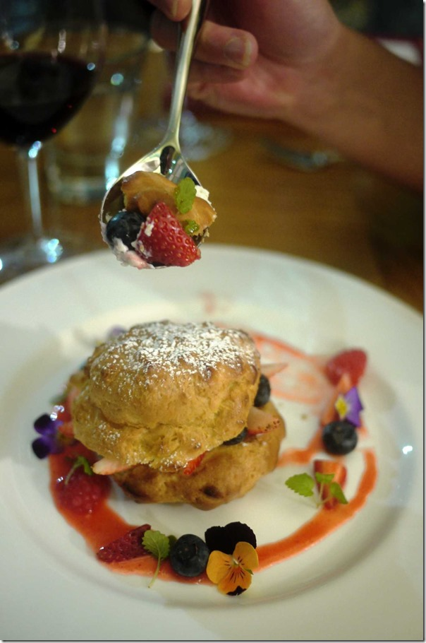 Profiterole with summer berries