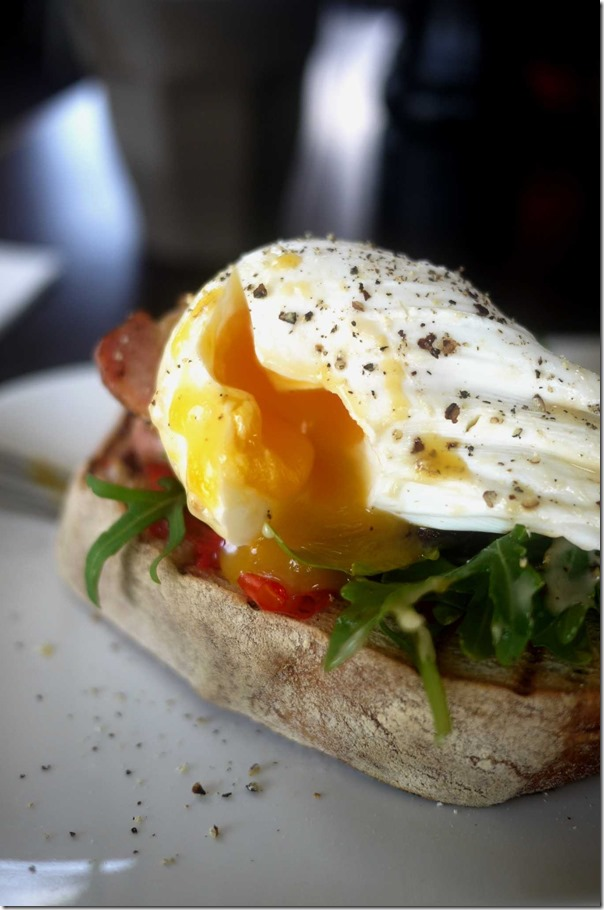 Bacon and egg sandwich $10