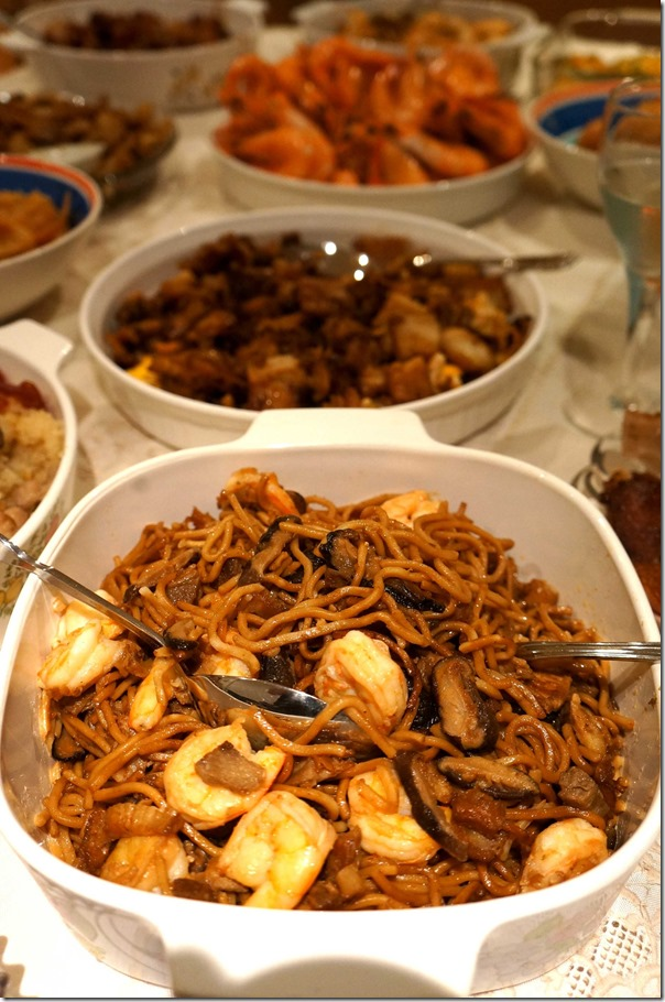 Stir-fried Hokkien noodles with Chinese mushrooms and prawns