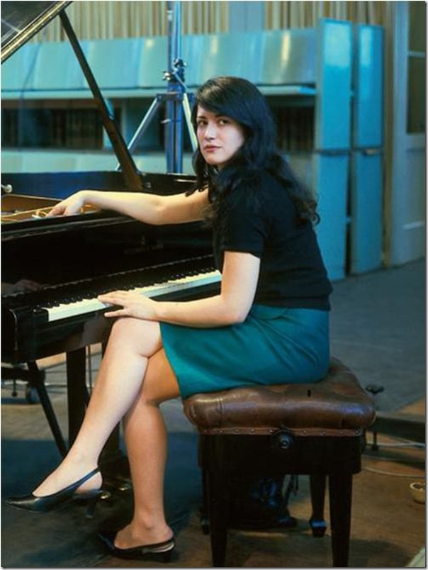 Martha Argerich during the Prokofiev Sessions with the late Claudio Abbado, Berlin in 1967 (Photo credit: DG/Ilse Buhs)