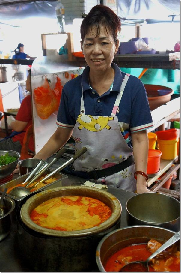 Happy lady - curry laksa stall owner, Madras Lane, Kuala Lumpur
