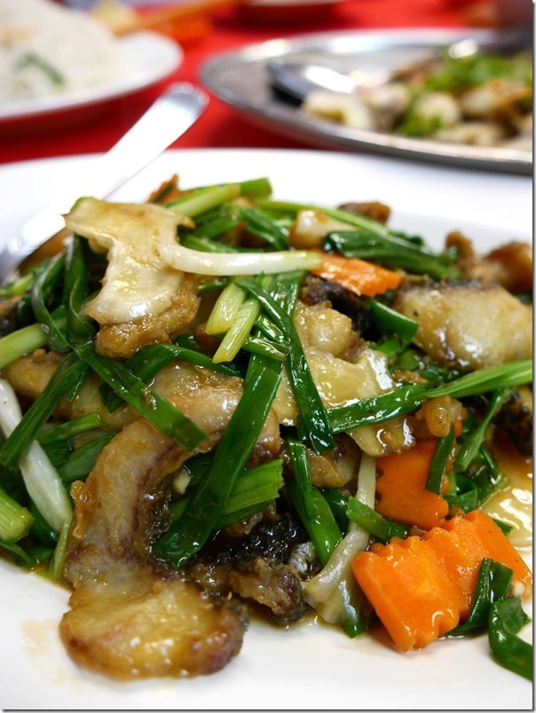 Stir-fried snakehead with ginger, garlic and shallots