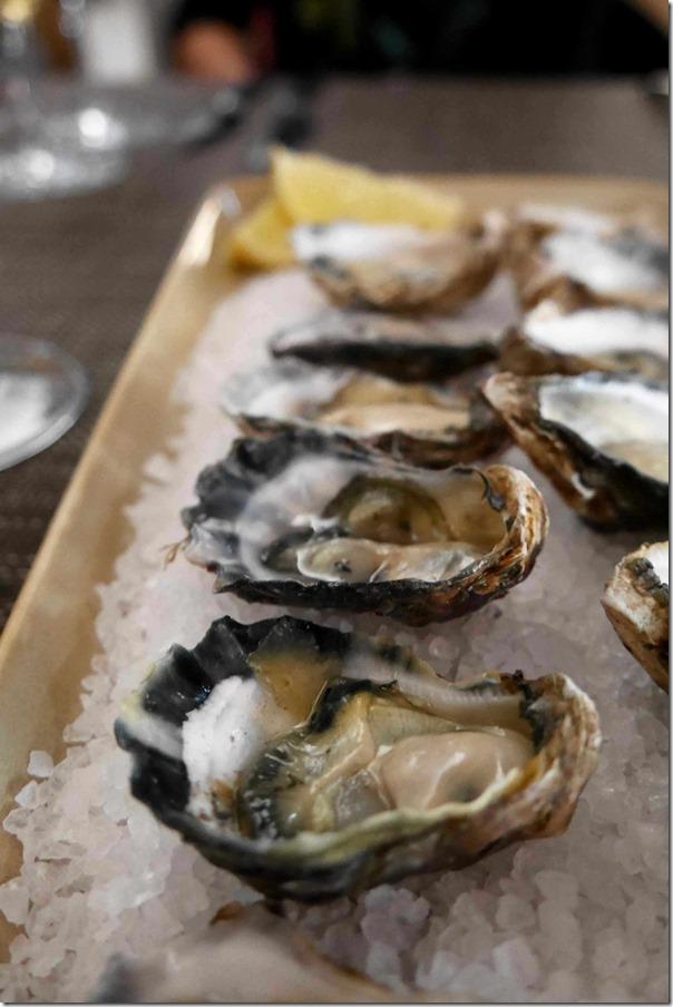 Fresh oysters $4 each