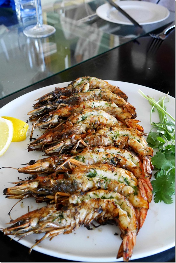 Yamba king prawns with bonito butter