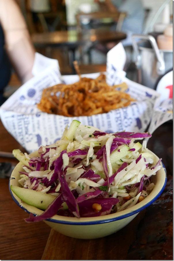 Cabbage salad $6