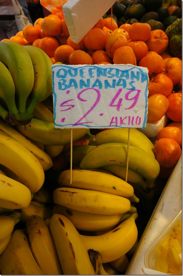 Queensland bananas $2.49/kg