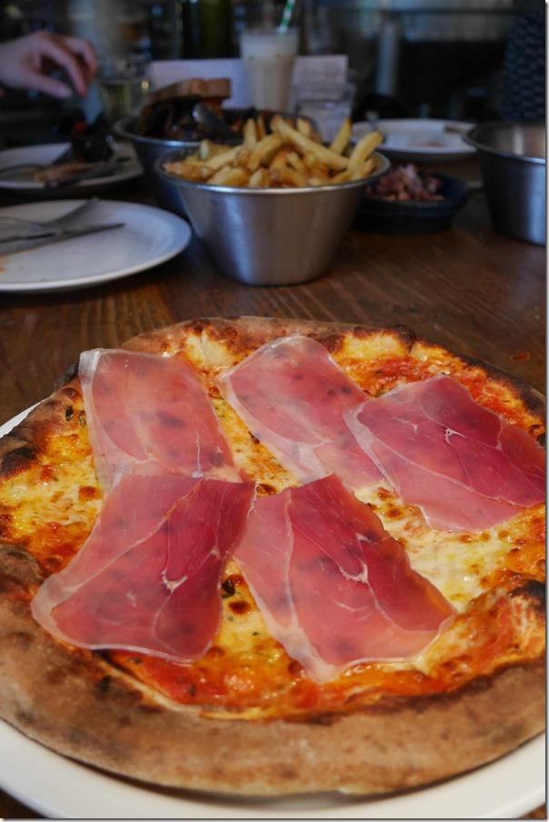 Prosciutto pizza $23