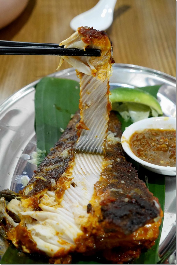 Soft, flaky and succulent flesh ~ ikan bakar or grilled skate