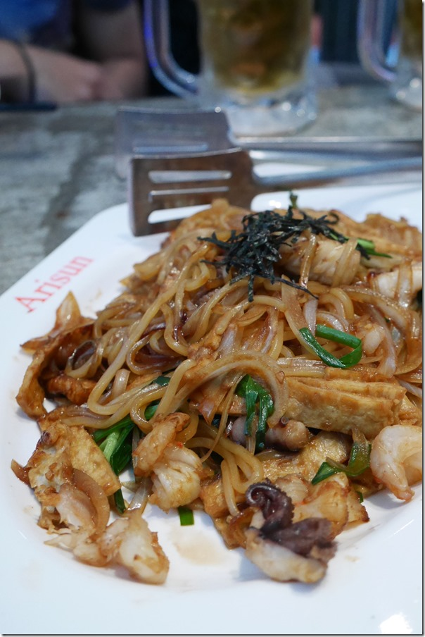 Stir fried soy seafood noodles $13